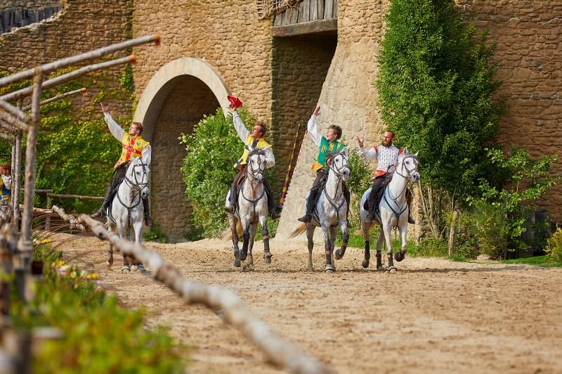 www.pegasebuzz.com | Enjoy Phoenix et les chevaux du Puy du Fou