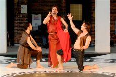 Xanthias, Dinoysos, Herakles