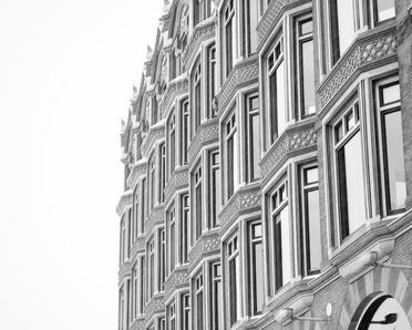black-and-white-classic-architecture
