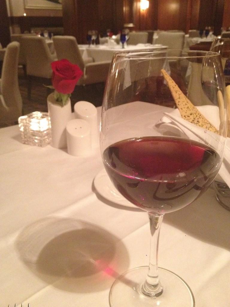 Wine Velvet Glove