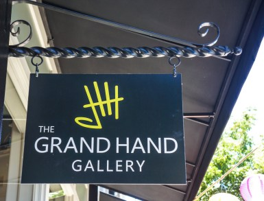 .........The Grand Hand Gallery