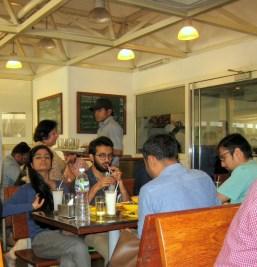 4.3 restaurant scene