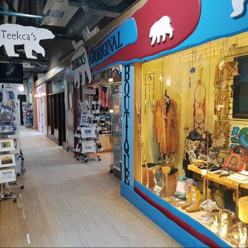 Teekca's Aboriginal Boutique Winnipeg