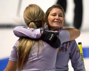 Tiebreaker wins for Gunnlaugson, Deruelle, Middaugh at Road to the Roar (Curling Canada)