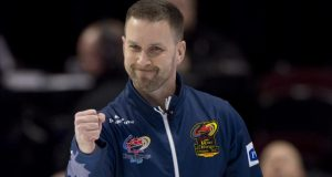 Team Gushue rolls to 2nd place tie with Tim Hortons Roar of the Rings Win (Curling Canada)