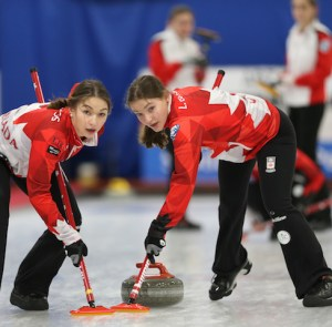 Team Canada women (PEI's Lenentine is alternate) to play for World Jr. medals