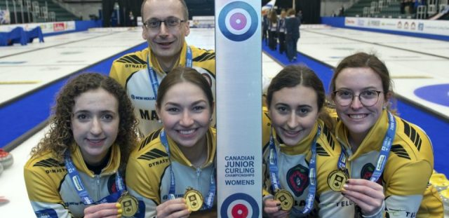 Pei S Lenentine And 3 Time Winner Burgess From Ns Help Manitoba Win Junior Women S Gold Curling Canada Peicurling Com