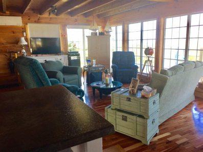 Living Room 2-2