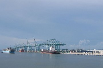 Tanjung_pelepas-800px