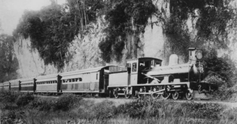 limestone_cliffs_kinta_train-800px