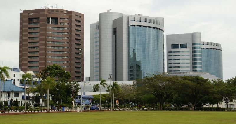 Labuan_Financial_Park-800px