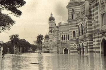 banjir_jalan_raja_1971-800px