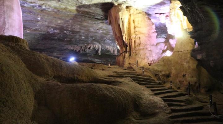 Resultado de imagem para guimaraes rosa gruta maquine