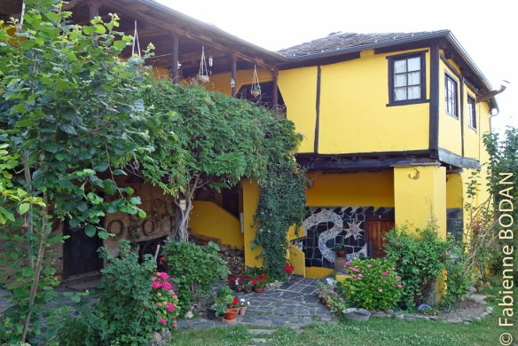 La Maison de Guti, Santalla del Bierzo