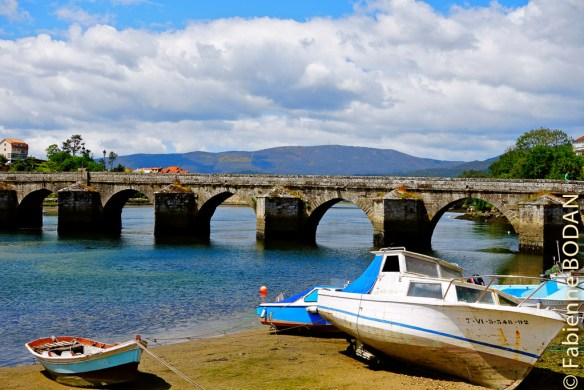 Le joli pont de pierre d'Arcade, Camino Portugais, 2013 © Fabienne Bodan