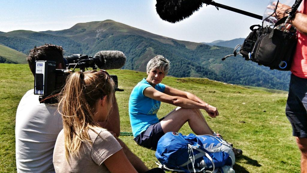 """Tournage du documentaire """"Sur les chemins de Compostelle"""" - Des racines et des Ailes Saint-Jean-Pied-de-Port 28082018 © Bertrand DEBEURET"""