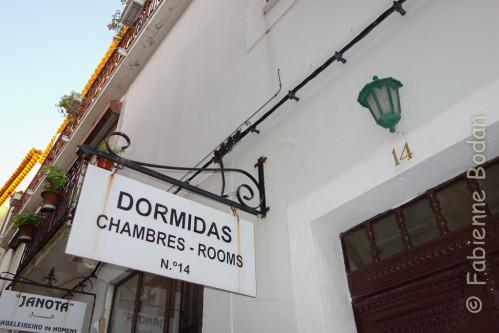 La propriétaire est francophone. Elle dispose de plusieurs chambres, avec ou sans salles de bains. © Fabienne Bodan
