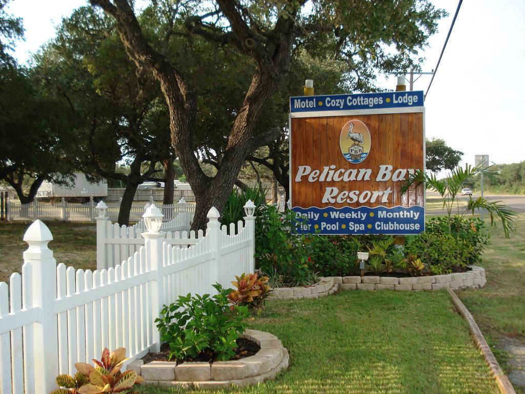 Pelican Bay Cottage Rentals and suite rentals in Rockport