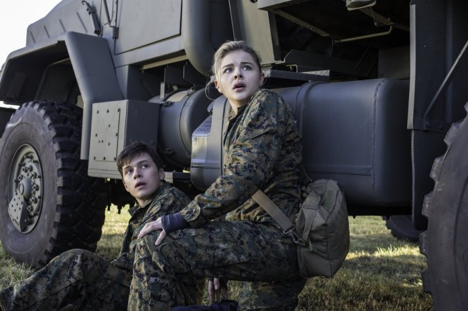 """Nick Robinson, left, and Chloë Grace Moretz star in Columbia Pictures' """"The 5th Wave."""""""