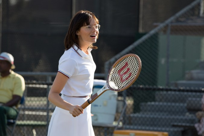 Emma Stone in the film BATTLE OF THE SEXES. Photo by Melinda Sue Gordon.© 2017 Twentieth Century Fox Film Corporation All Rights Reserved