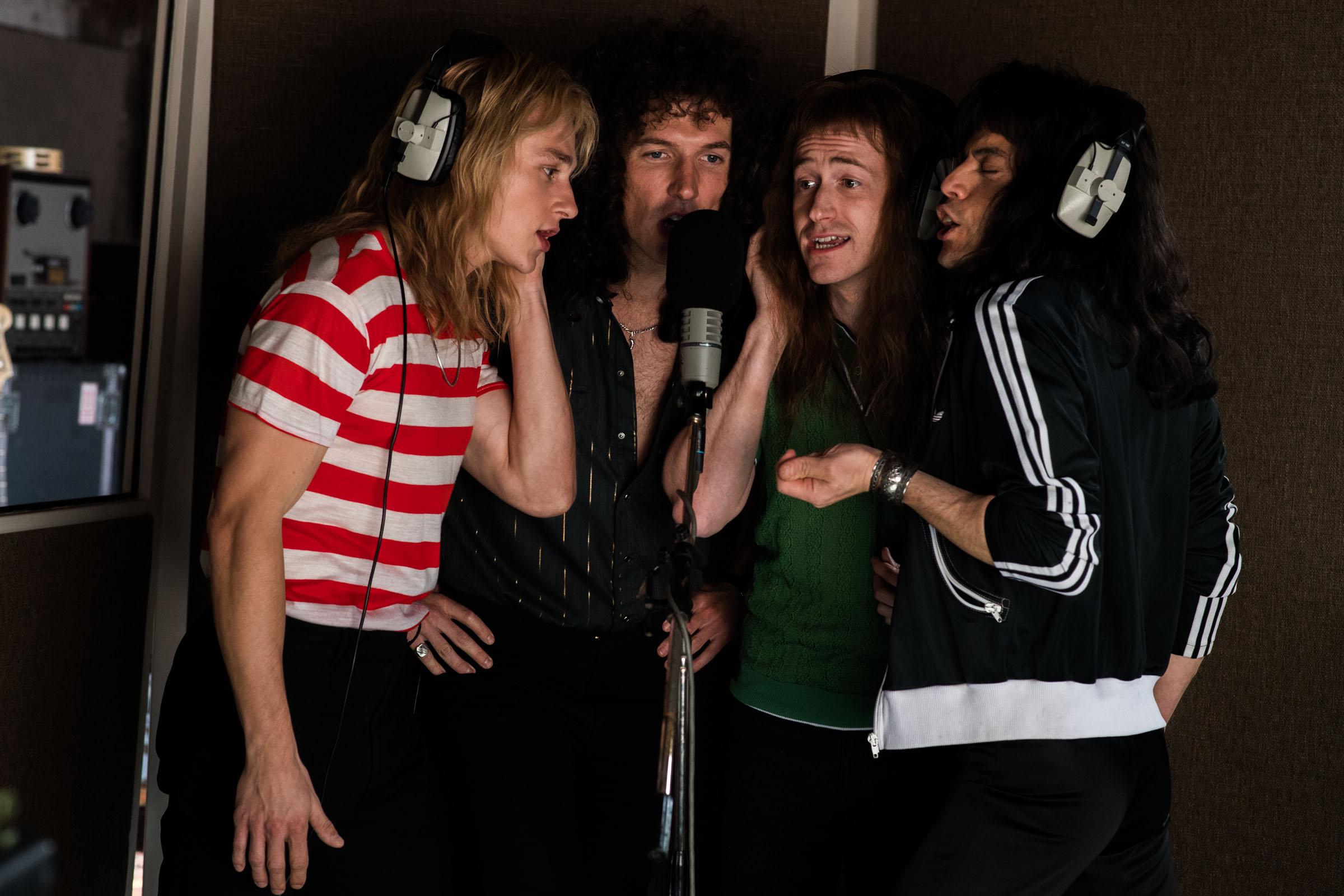 Queen band (actors) ben hardy, gwilym lee, joe mazzello, rami malek BOHEMIAN RHAPSODY
