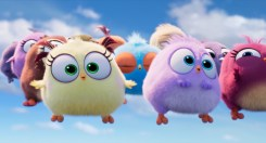 Lily (Sunday Urban) and Beatrice (Faith Urban) in Columbia Pictures and Rovio Animation's THE ANGRY BIRDS 2.