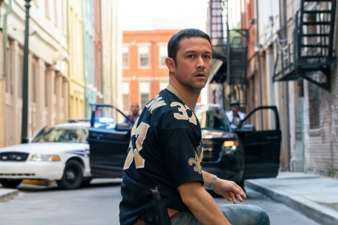 PROJECT POWER (L-R) JOSEPH GORDON-LEVITT as FRANK in PROJECT POWER Cr. SKIP BOLEN/NETFLIX © 2020