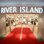 River Island opening (photo © Jelena Rudi)