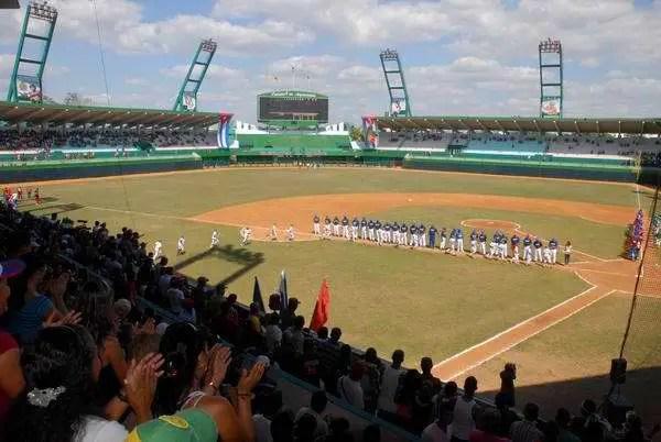 beisbol-cfgos-estadio-estrellas-2011