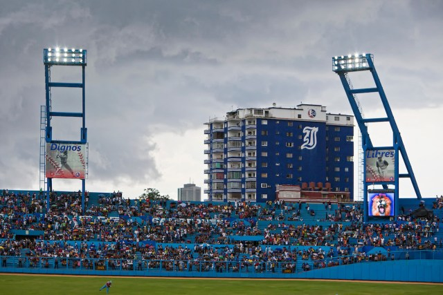 Industriales-Baseball-035