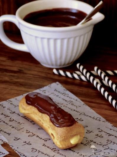 Chocolate éclairs