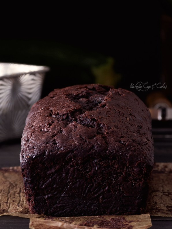 Double Chocolate Zucchini Bread (Bizcocho de chocolate y calabacín)