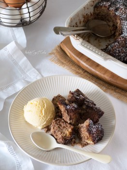 Chocolate Bread Pudding (Pudin de pan con chocolate)