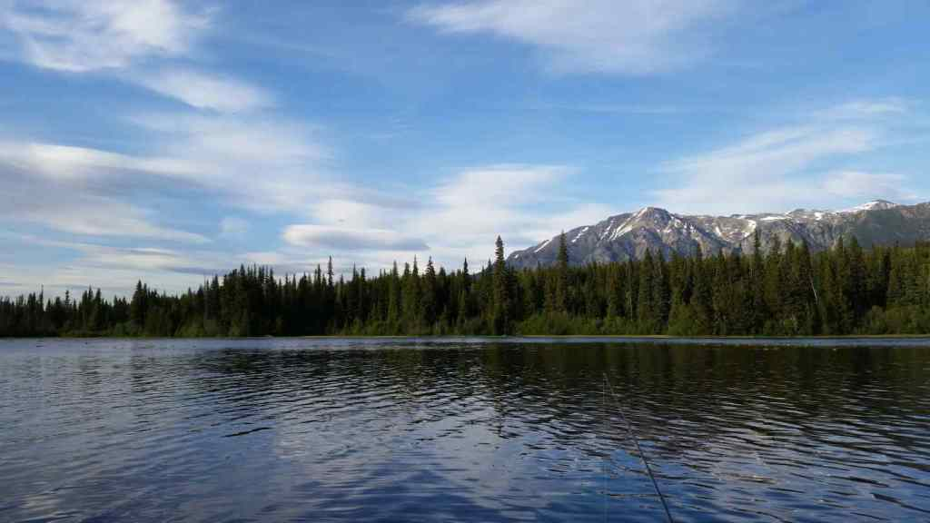 Absolutely stunning scenery at Gwyneth Lake British Columbia