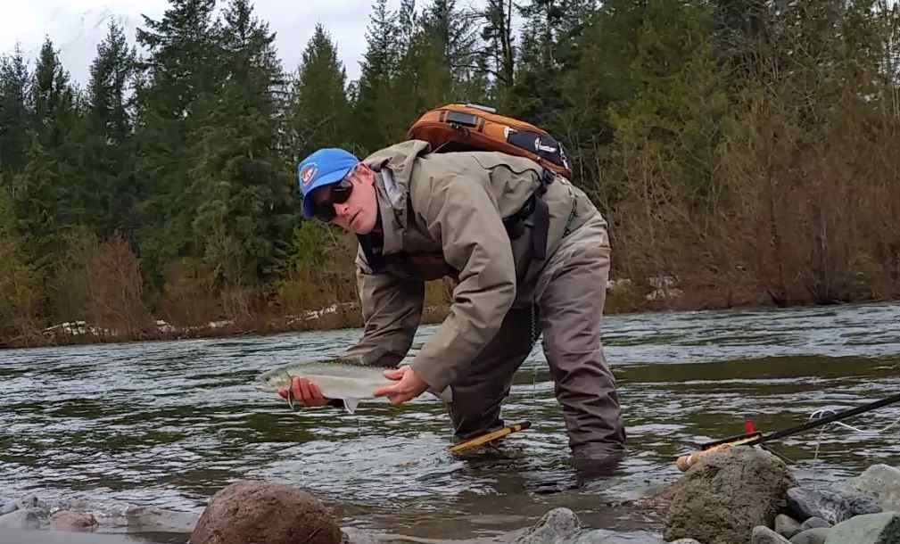 Fly fishing trips in Squamish
