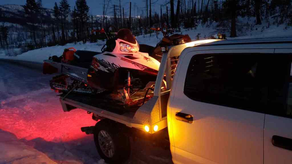 Snowmobile Trips in BC