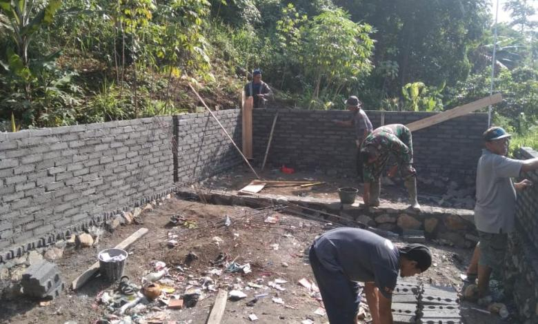 Subsektor 11 Lagadar Bangun TPS di Bantaran Citarum