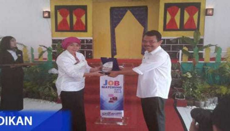 SMKN 3 Kota Tangerang Gelar Job Matching