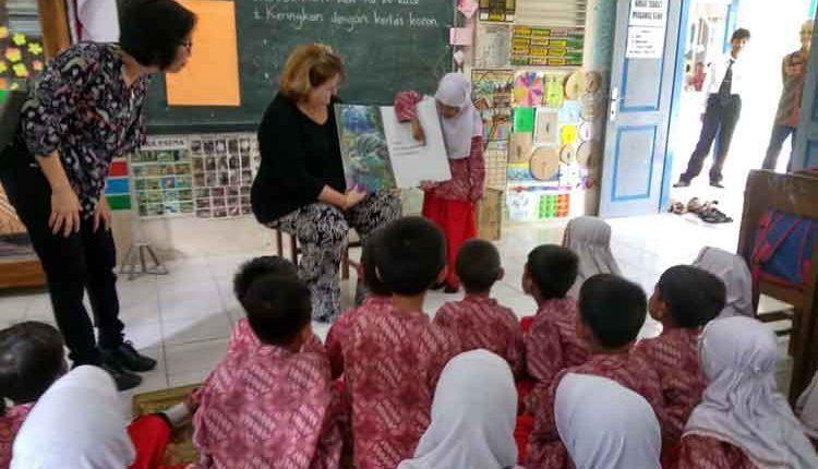 USAID PRIORITAS keterampilan literasi pendidikan