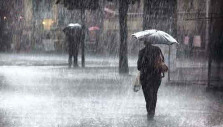 diguyur hujan deras dan angin