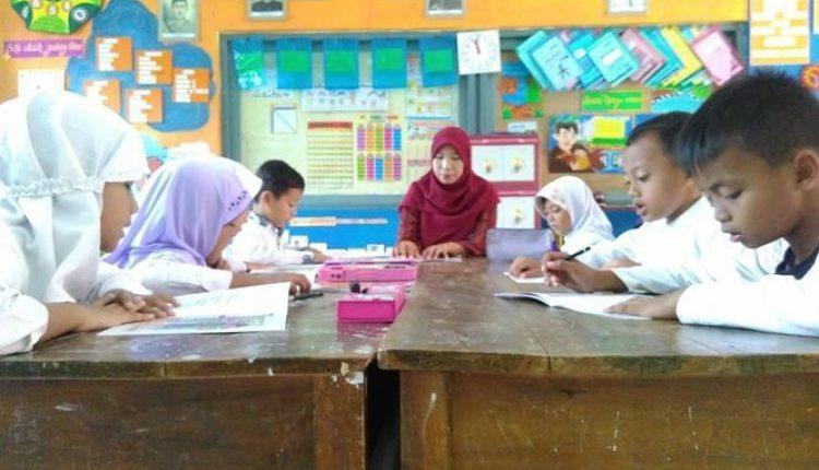 praktik mengajar guru banten
