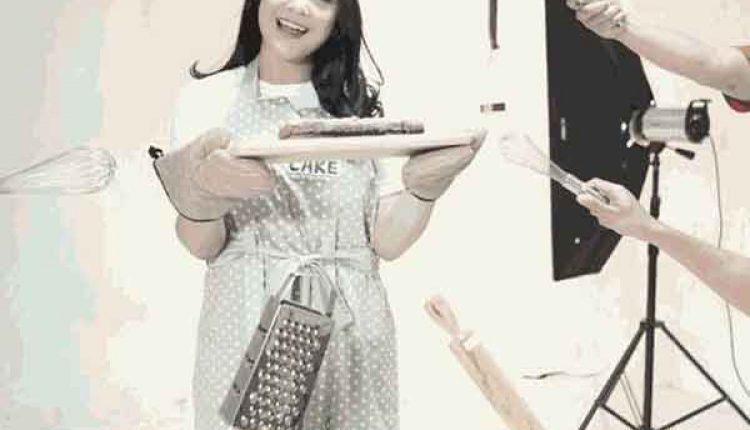 stok kue lebaran artis
