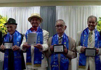 Berusia 76 Tahun Menang Kontes Ketampanan