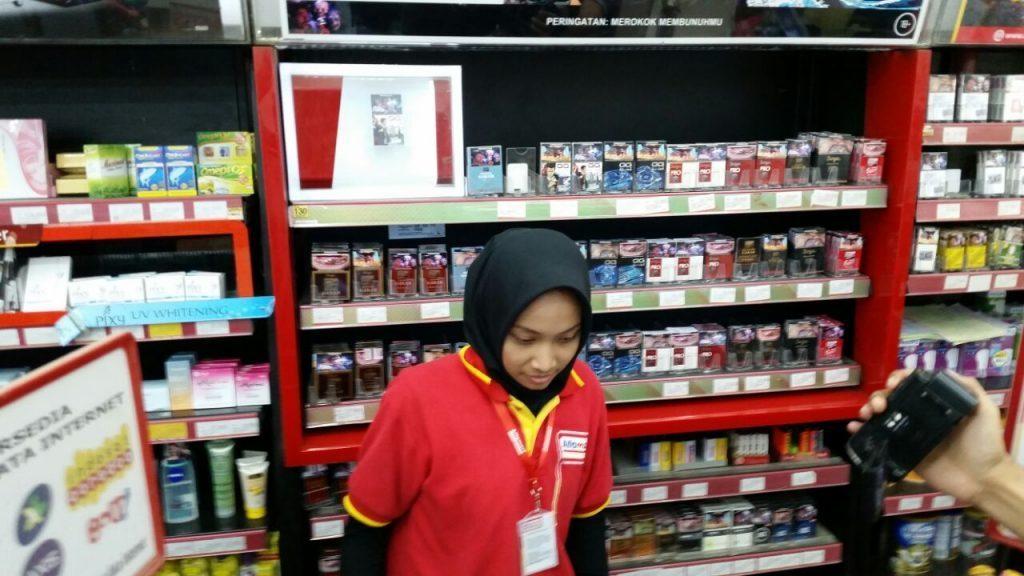 perampokan mini market