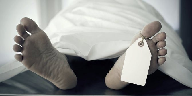 mayat pria penusukan