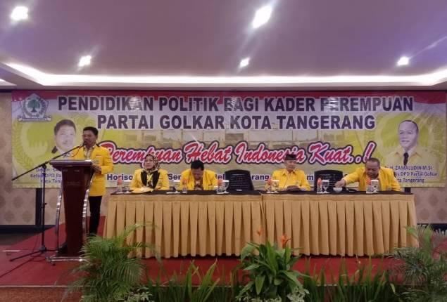 Pendidikan Politik untuk kader wanita Golkar
