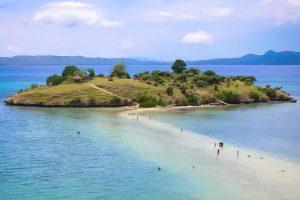Lokasi Pantai Lariti