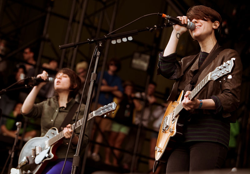 Canadian rockers Tegan and Sara (Photo by Christopher Nelson).