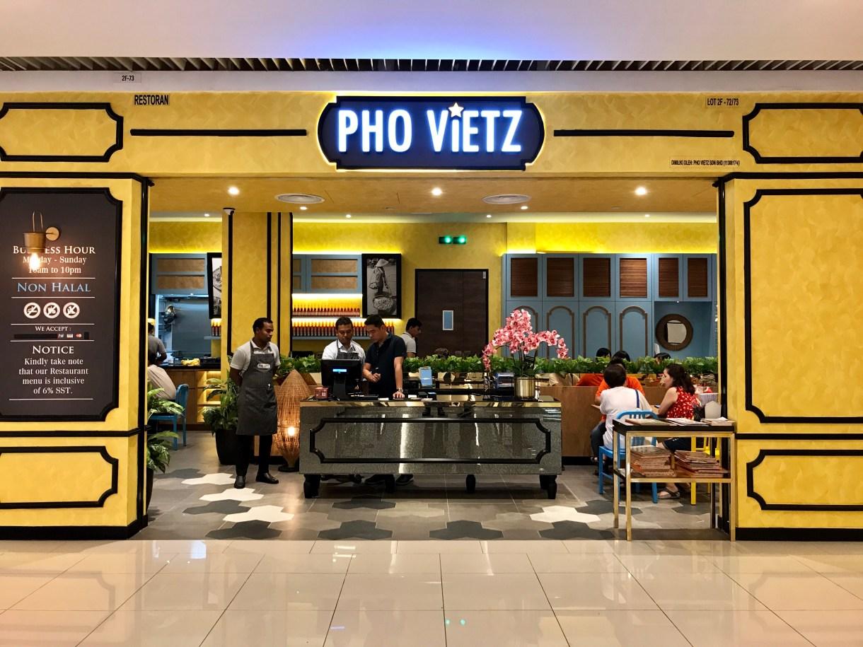 pho vietz queens bay mall