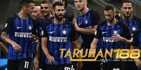 Inter Disarankan Datangkan Bek Tengah dan Penyerang di Januari Nanti